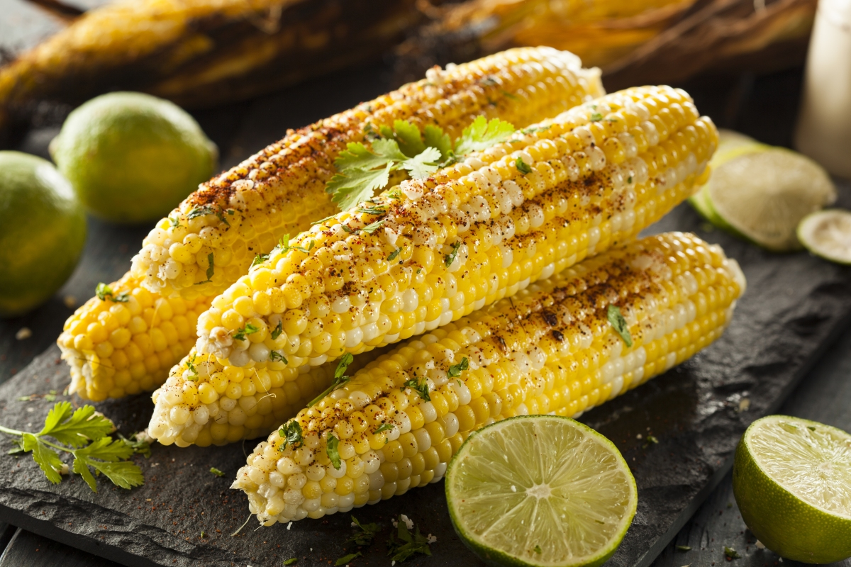 The Best Grilled Corn on the Cob…Husks and All! | The Mom in Me, MD